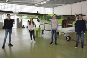 Leerlingen 5 havo Technasium in hangar